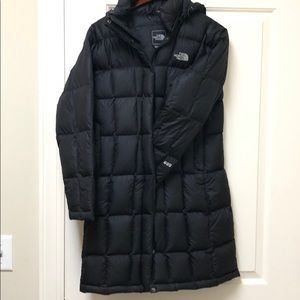 Women's North Face Parka 600